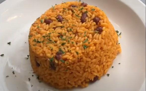 como hacer arroz con abichuelas