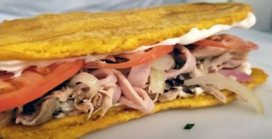 sandwich de plátano puertorriqueño
