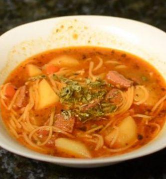 sopa de salchichon puerto rico